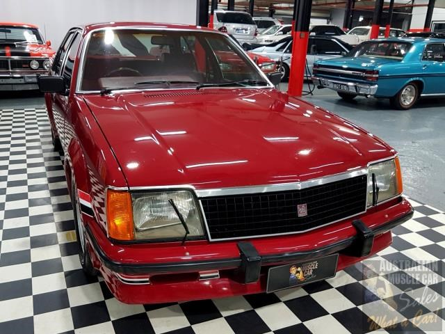 holden commodore 718952 029