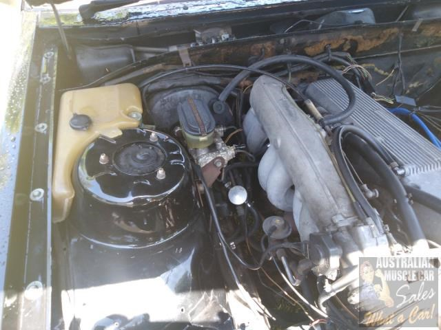 holden commodore 697989 021