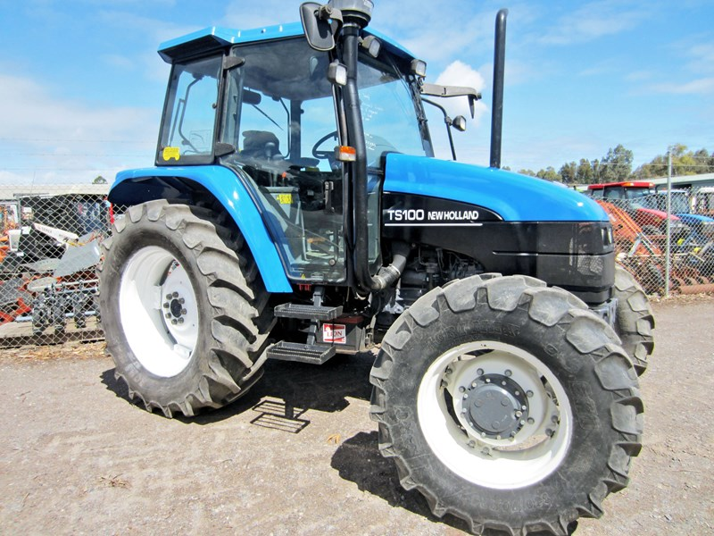 new holland ts100 tractor 706302 001