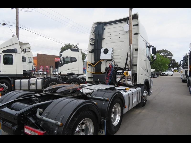 volvo fh540 734247 011