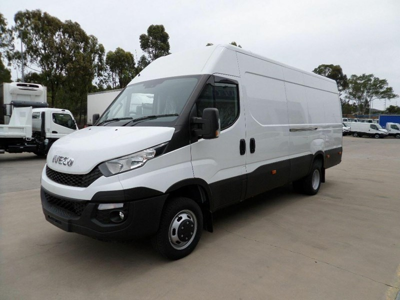 iveco daily 660986 005