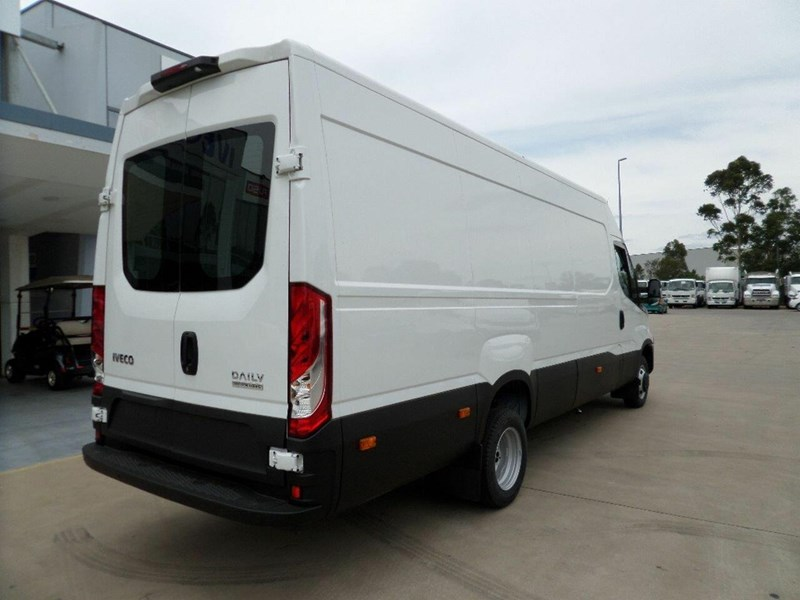 iveco daily 660986 013