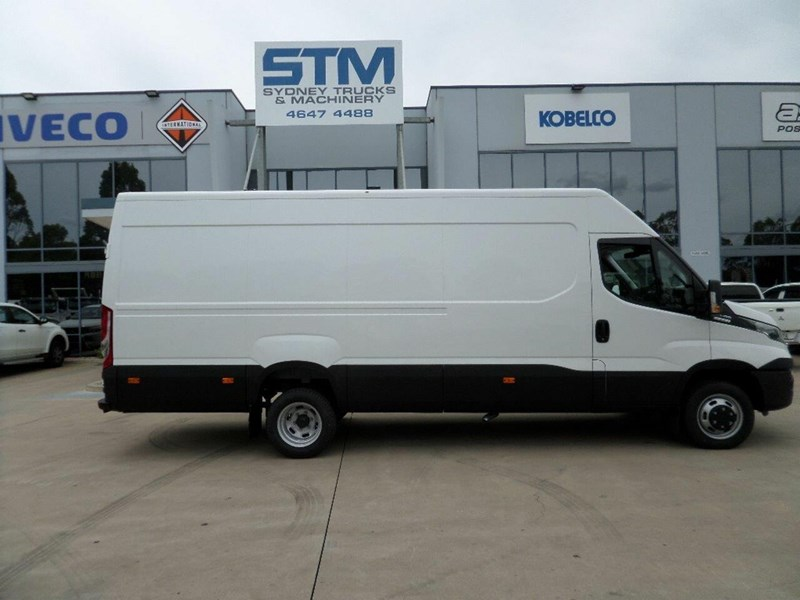 iveco daily 660986 017