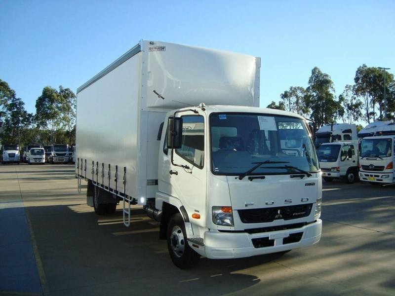 fuso fighter 644889 003