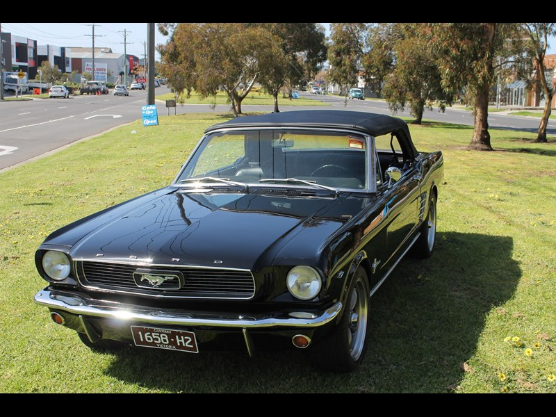 ford mustang 740726 003
