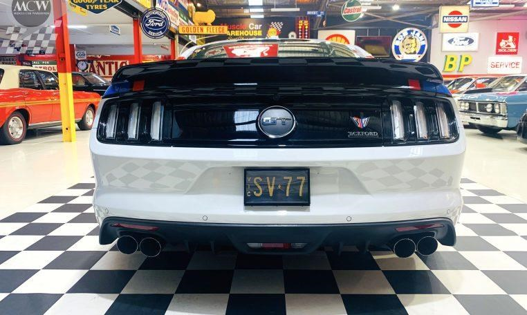 ford mustang 741562 017