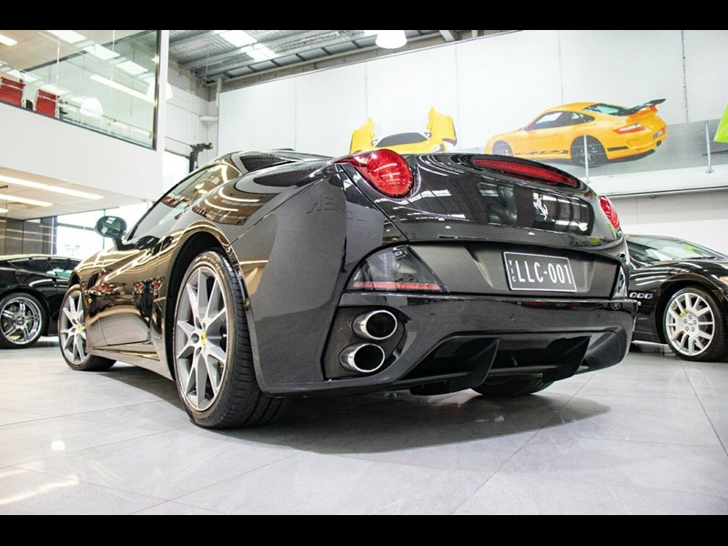 ferrari california 741718 043
