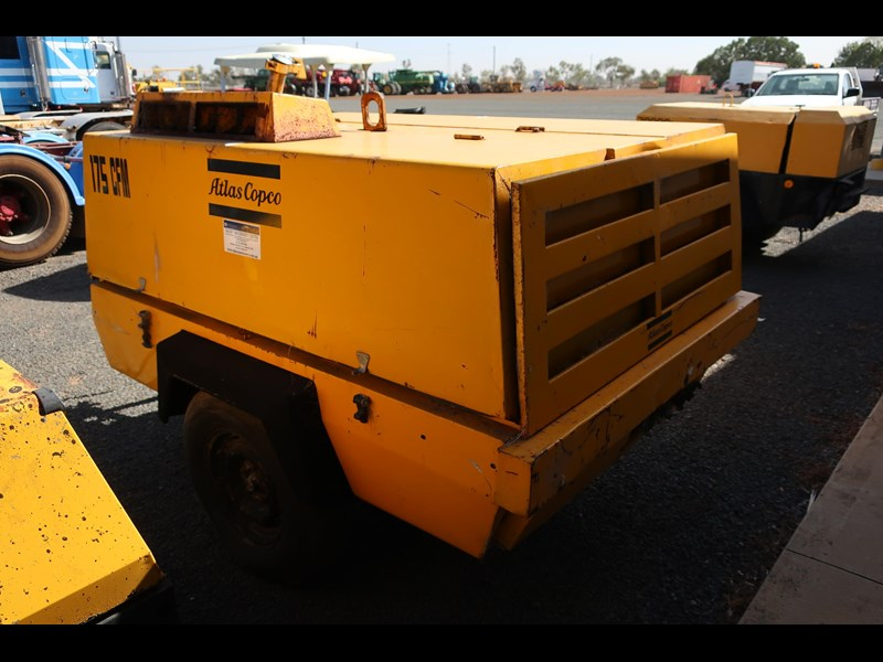 atlas copco xas85 trailer mounted compressor 686227 005