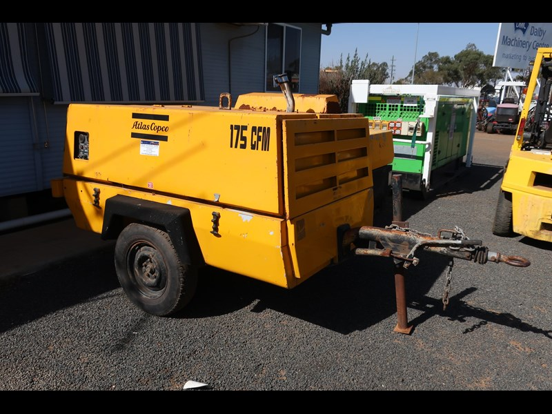 atlas copco xas85 trailer mounted compressor 686227 001