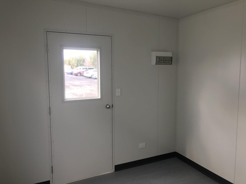 mcgregor 6.0m x 2.9m two room site office 742740 009