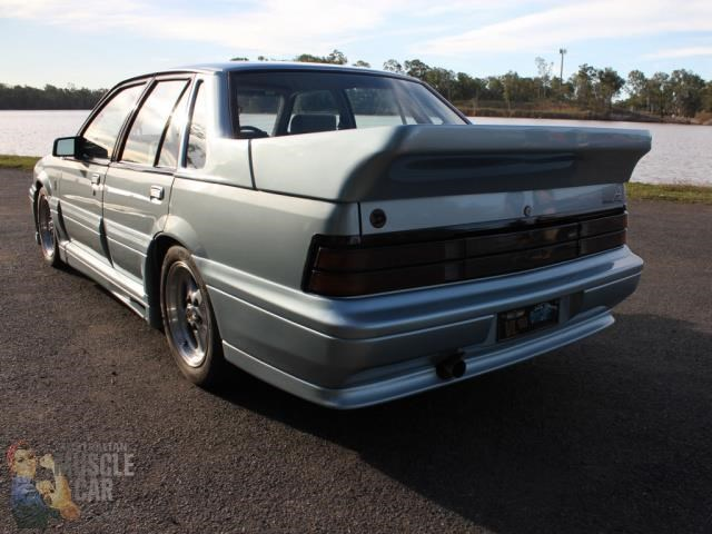 hsv commodore 743651 031