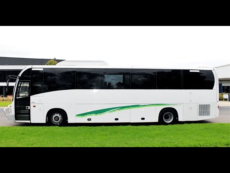 iveco king long delta bus 744592 015
