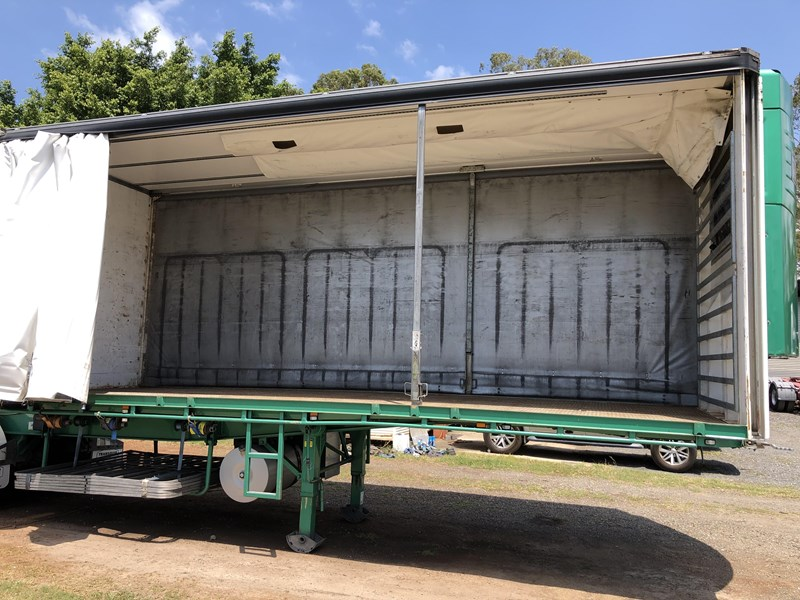 maxitrans b-double 34 pallet refrigerated tautliners 744816 083