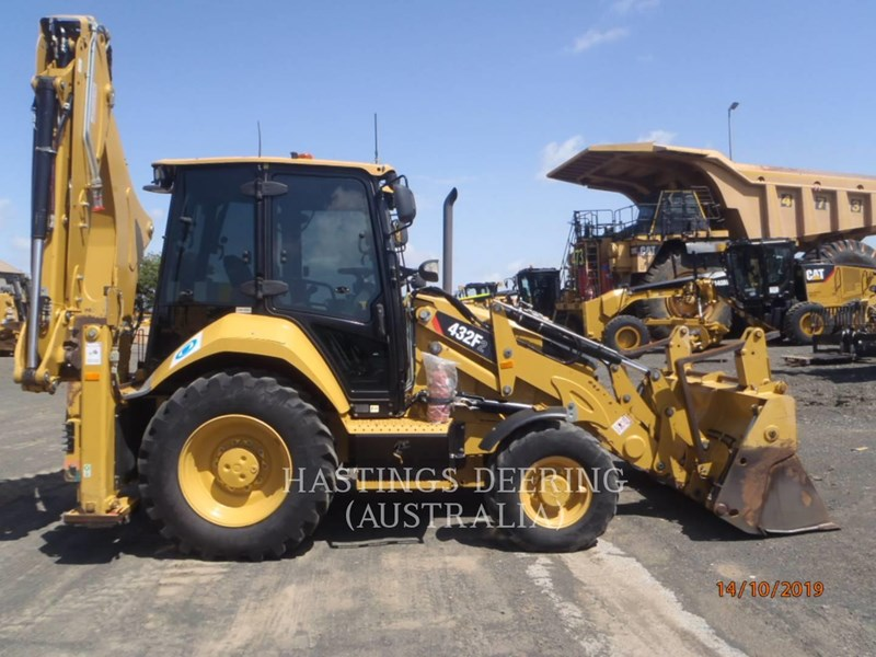 caterpillar 432f2lrc 745018 011