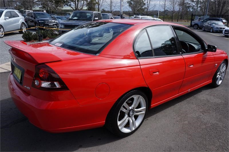 holden commodore 745687 007
