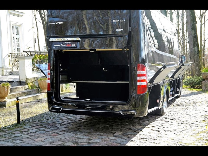 mercedes-benz sprinter 748052 009