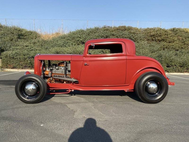 ford hot rod 748245 005