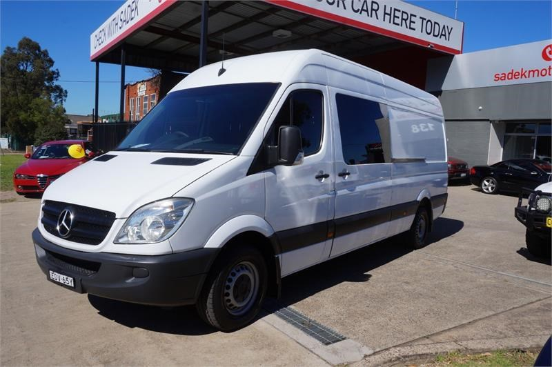mercedes-benz sprinter 748808 015