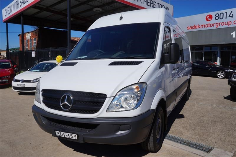 mercedes-benz sprinter 748808 025