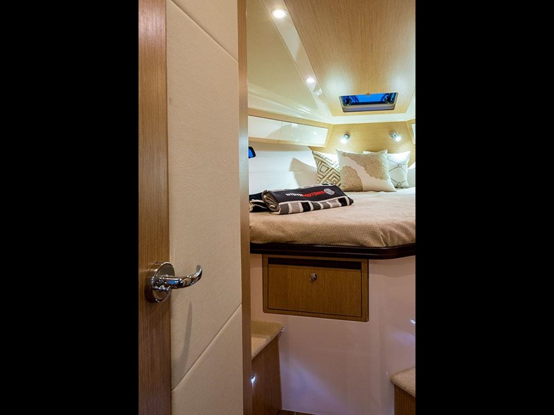 focus motor yachts focus 33 sports 750817 039