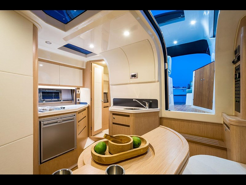 focus motor yachts focus 33 sports 750817 057
