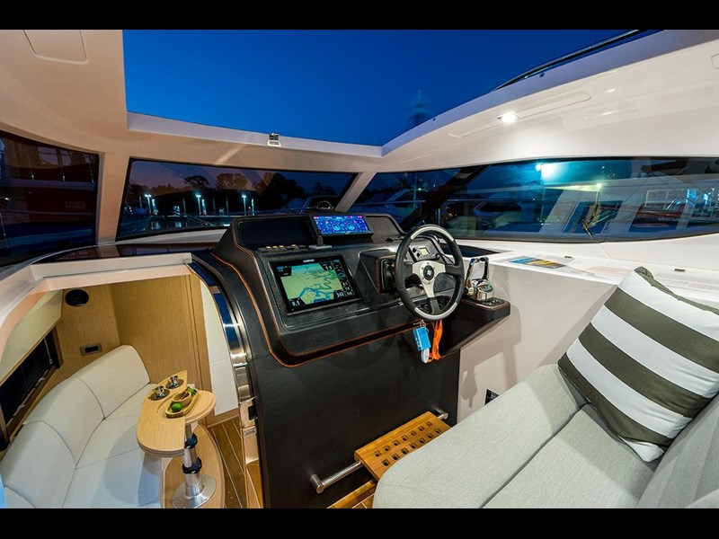 focus motor yachts focus 33 sports 750817 067