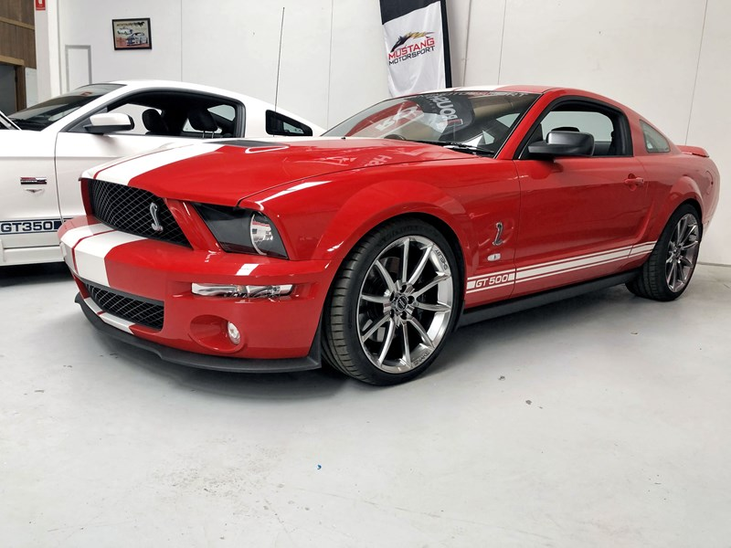 shelby mustang 752549 001