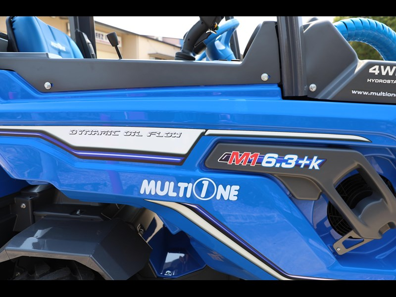 multione 6.3+ bee loader with side shift forks 583153 047
