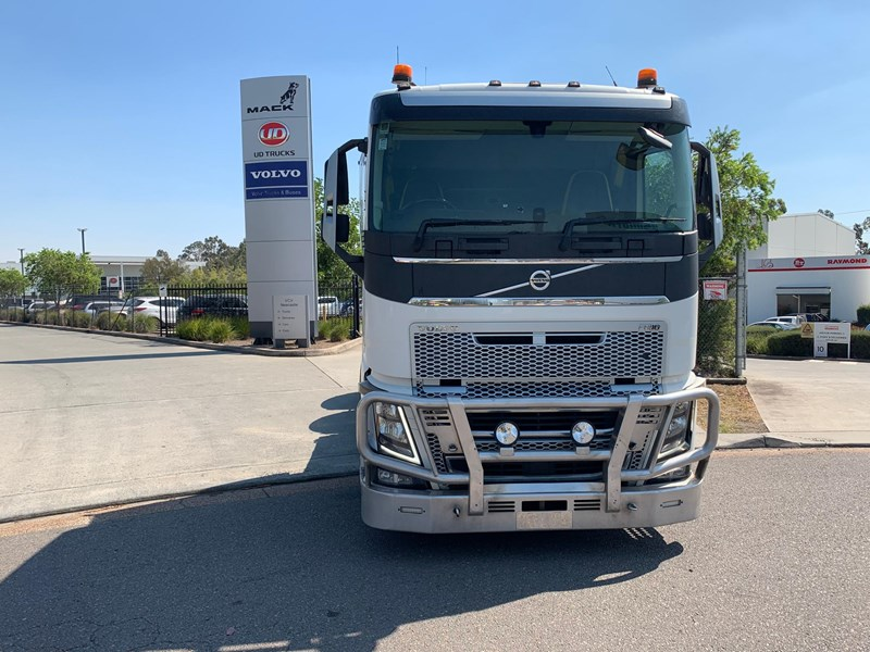 volvo fh16 736940 007