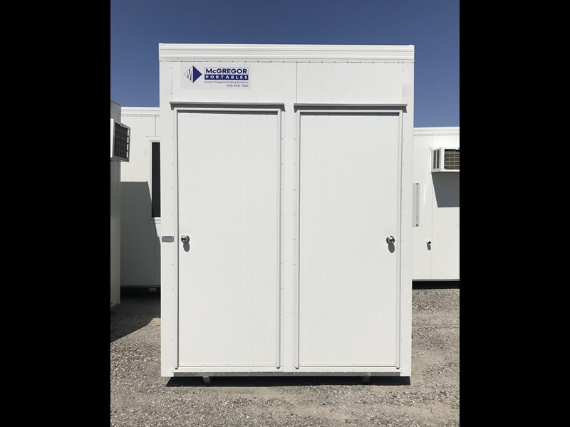 mcgregor 2.5m x 2.0m two room chemical toilet 755419 001