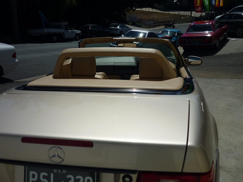 mercedes-benz sl320 755368 031