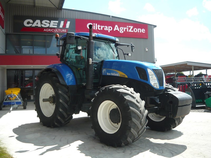 new holland t7060 758777 005