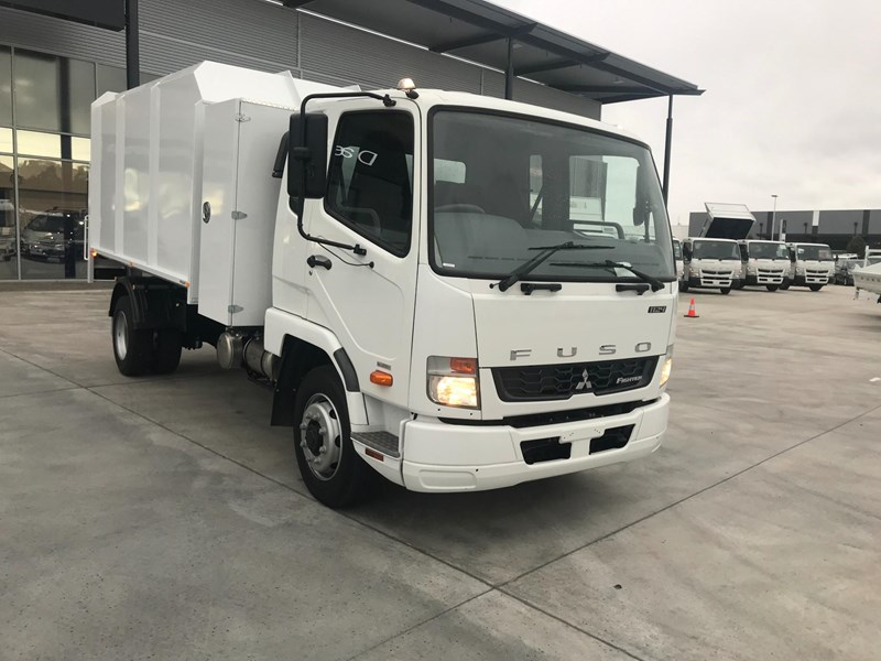 fuso fighter 1224 723180 011