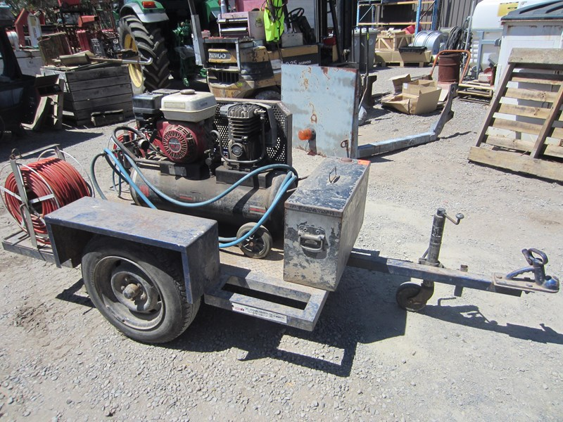 ingersoll-rand trailer mounted air compressor 760408 009