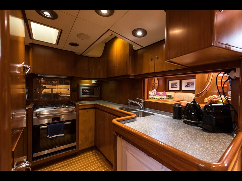 alloy yachts custom ketch s/y tawera 763366 019