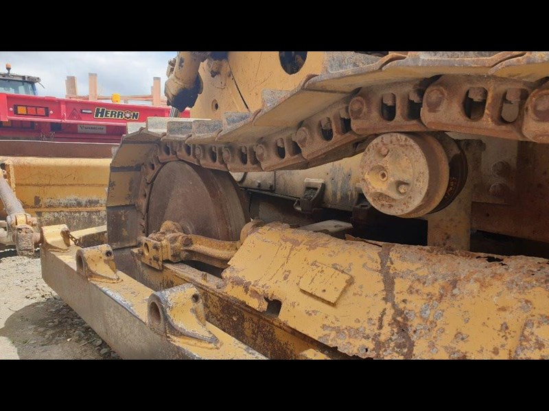 caterpillar d4e bulldozer 766024 011