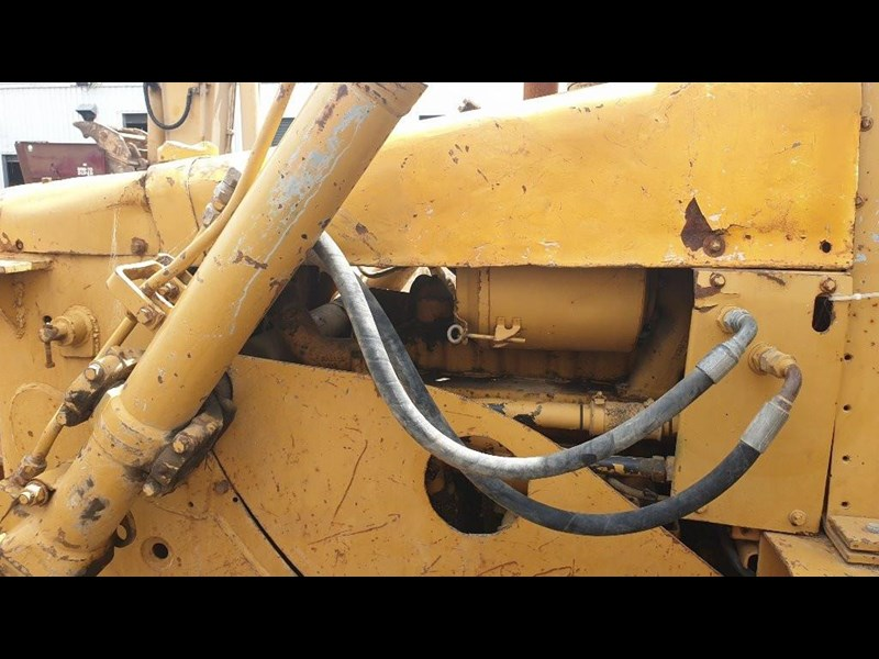 caterpillar d4e bulldozer 766024 015