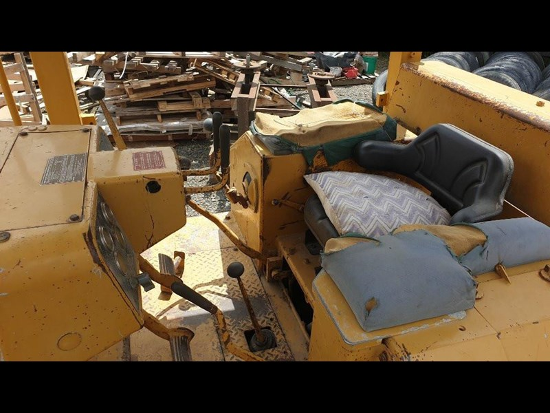 caterpillar d4e bulldozer 766024 017