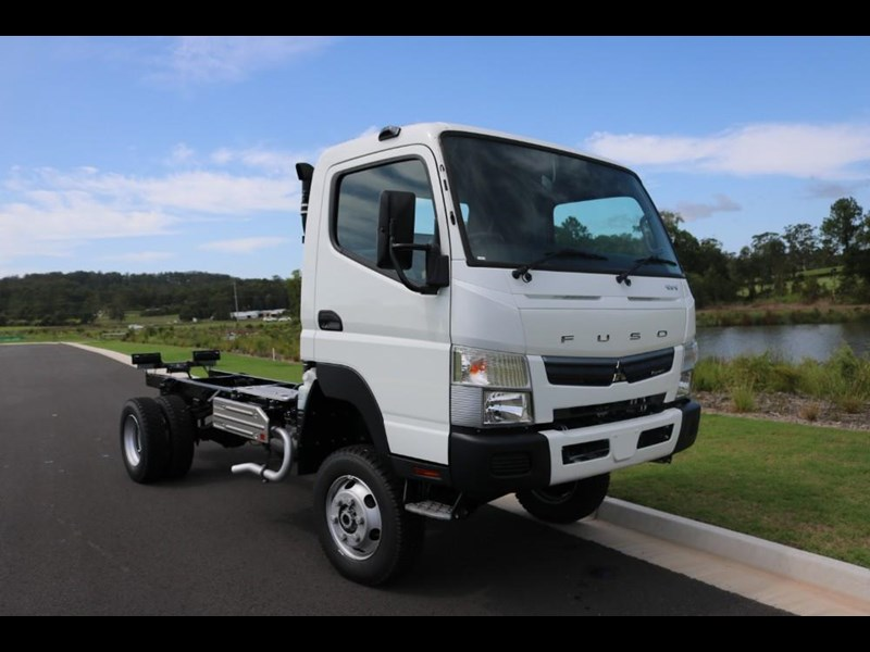 fuso canter 766885 005