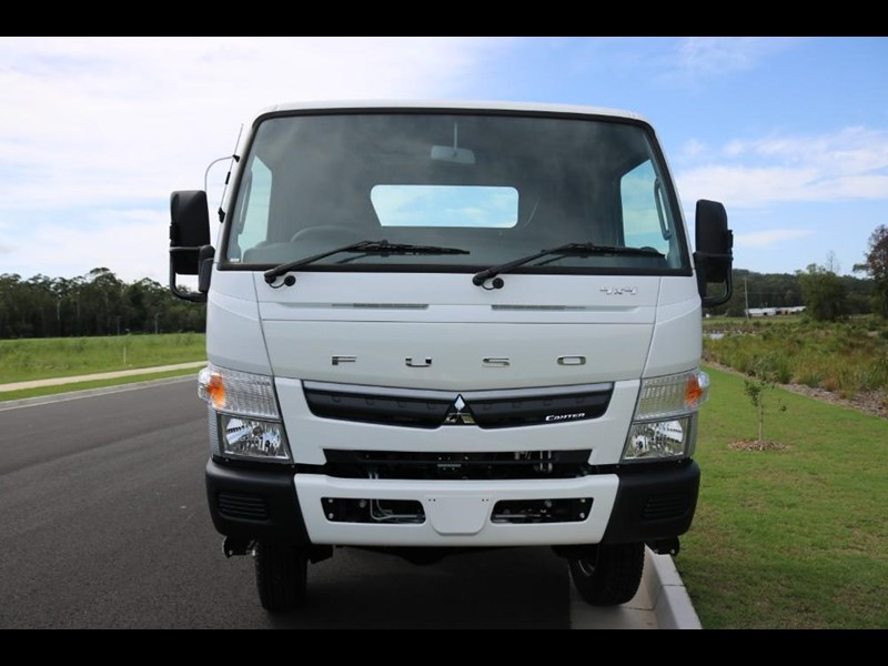 fuso canter 766885 009