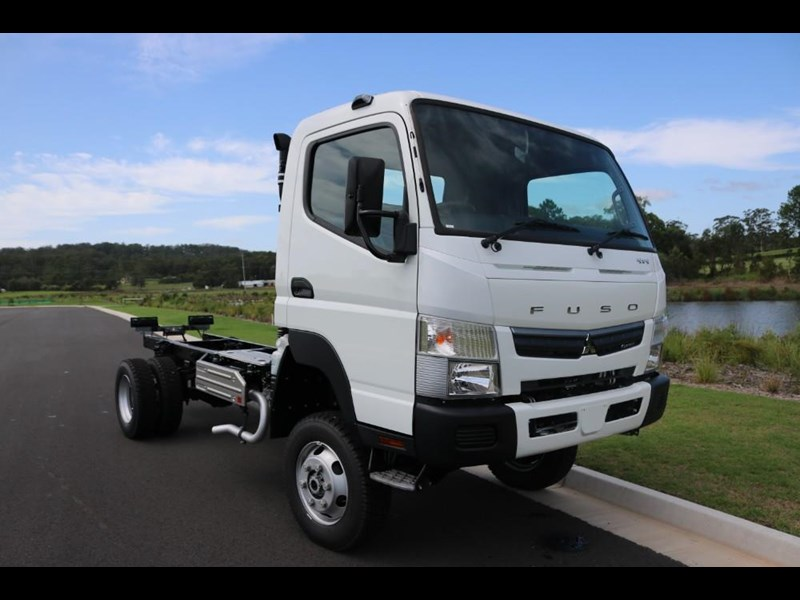 fuso canter 766885 031