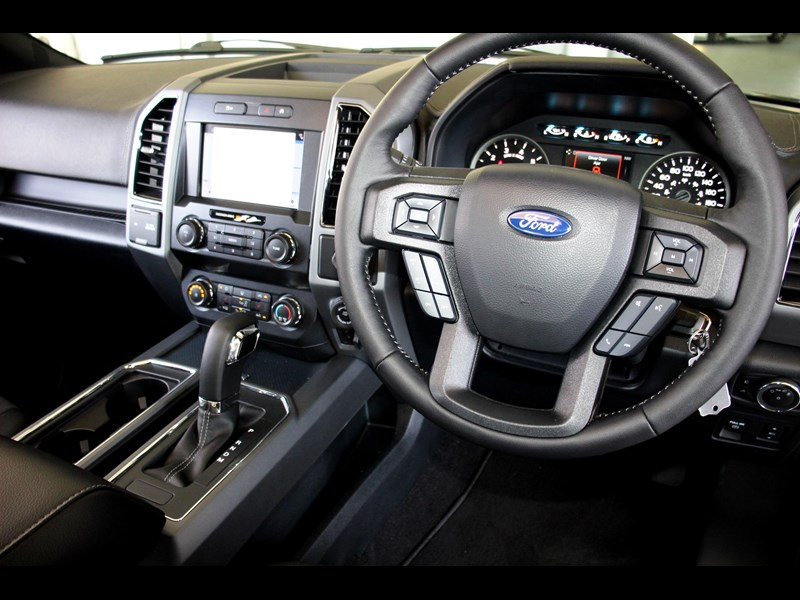 ford f150 767084 031