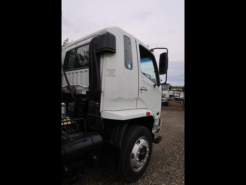fuso fighter 10 767499 033