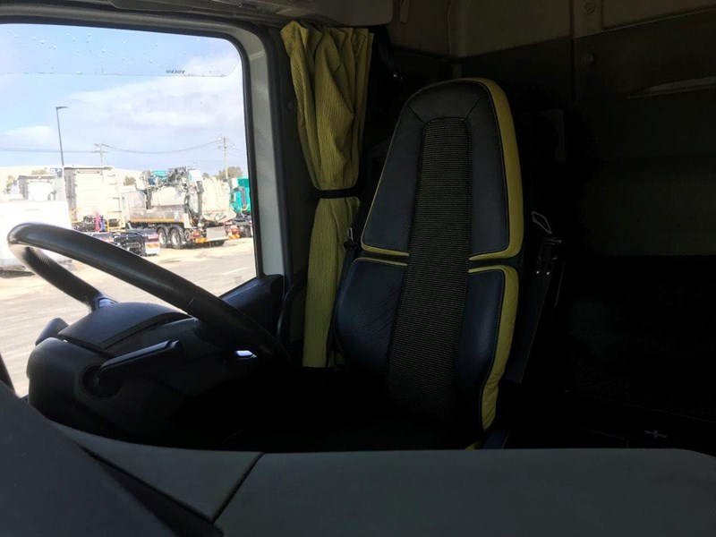 volvo fh globetrotter 737862 043
