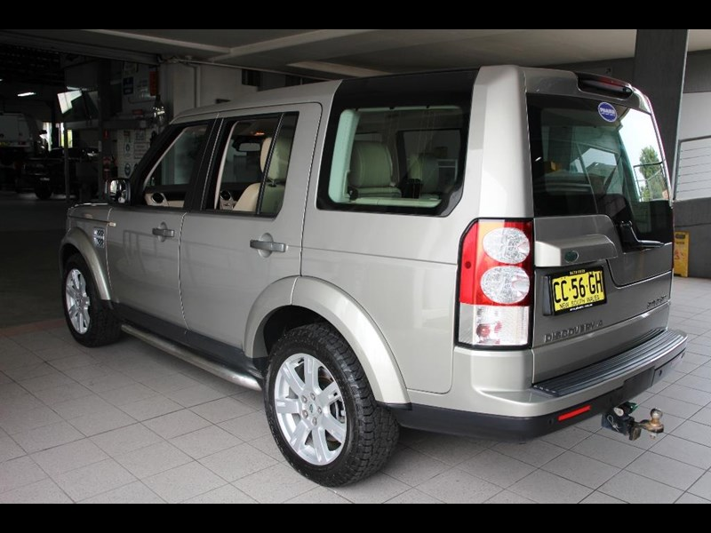 land rover discovery 768599 021
