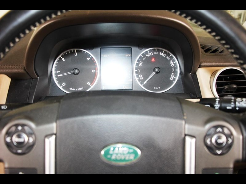 land rover discovery 768599 035