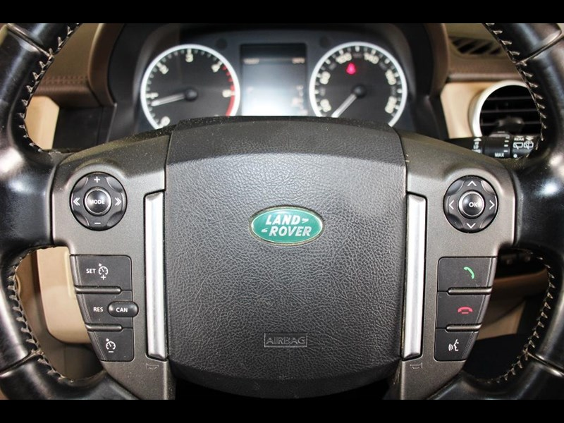 land rover discovery 768599 037