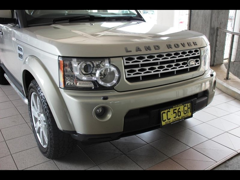land rover discovery 768599 047