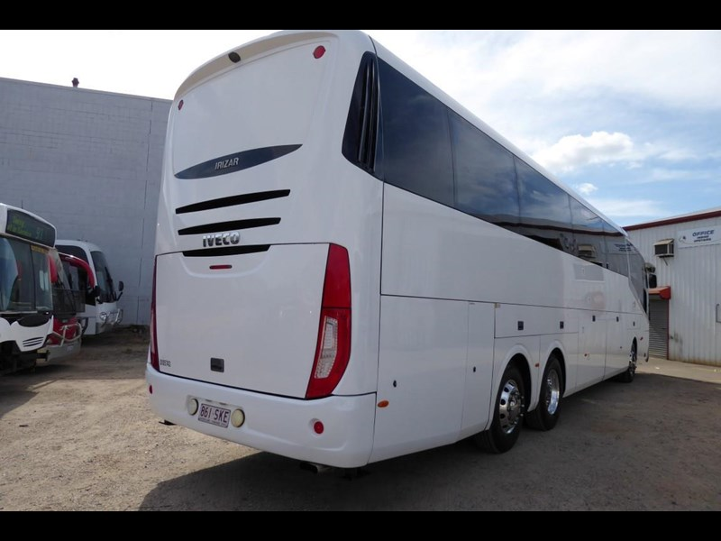 iveco chassis irizar bodied 770567 003
