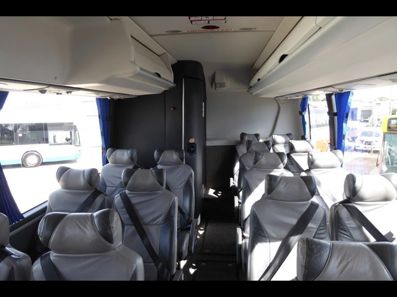 iveco chassis irizar bodied 770567 027
